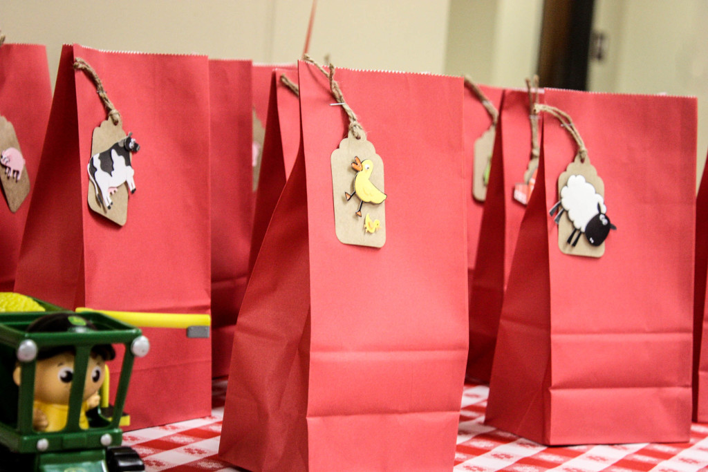 Barnyard Birthday party gift bags with farm animal stickers