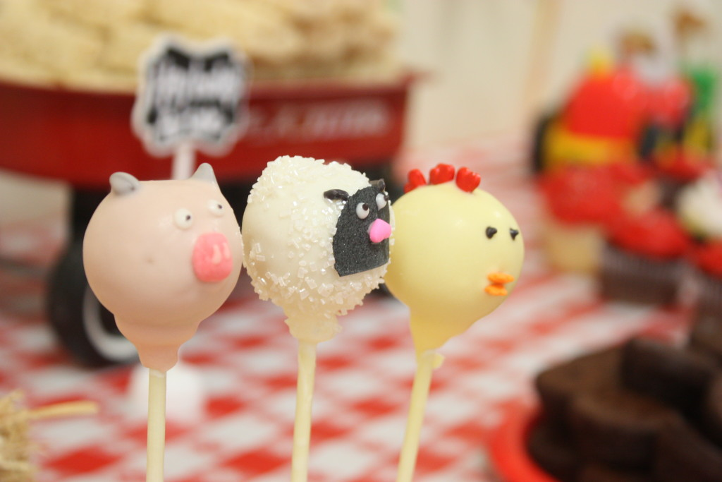 Barnyard birthday party farm animal cake pops