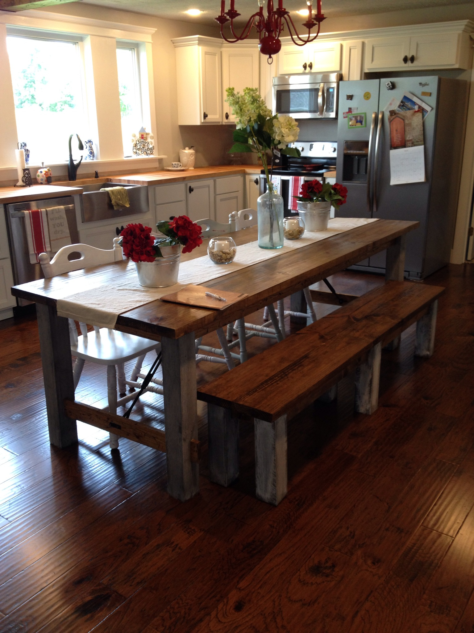 Shara at Chasing a Dream Shares her Farmhouse Kitchen Table ...