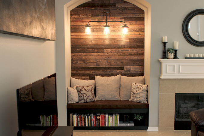 8 beautiful diy planked walls re fabbed for How to decorate an alcove in a wall