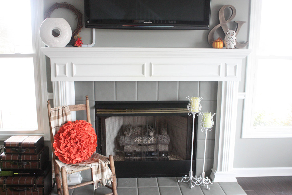 Simple Fall Fireplace
