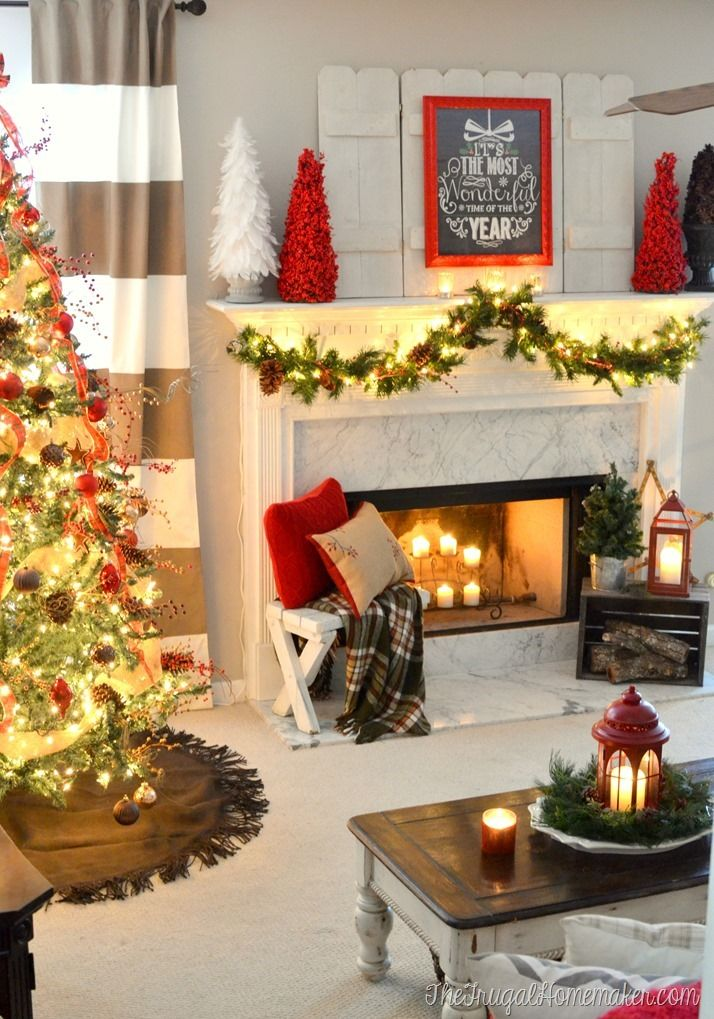 10 Gorgeous Christmas Mantles Re Fabbed