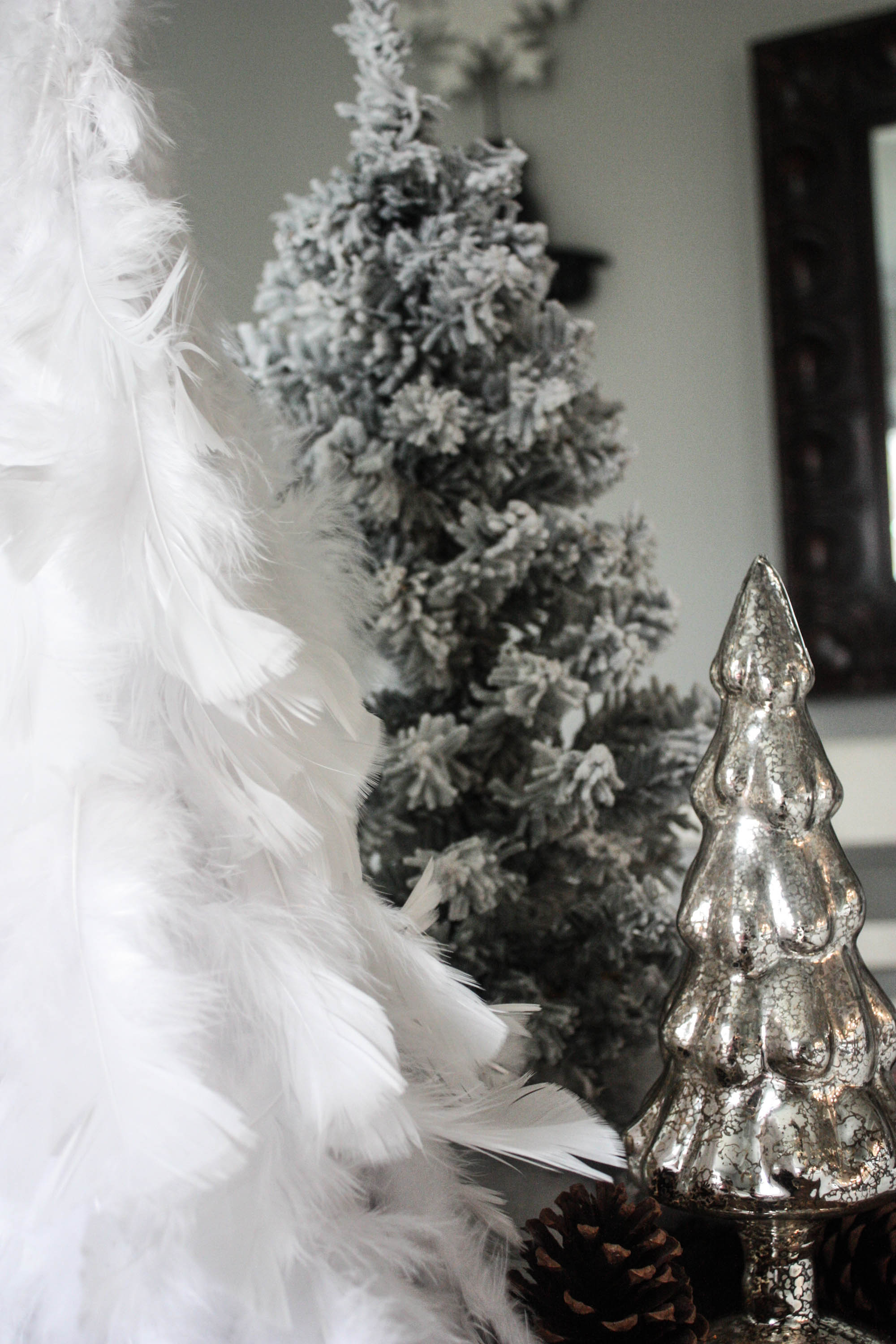 diy feather tree - Feather Christmas Trees