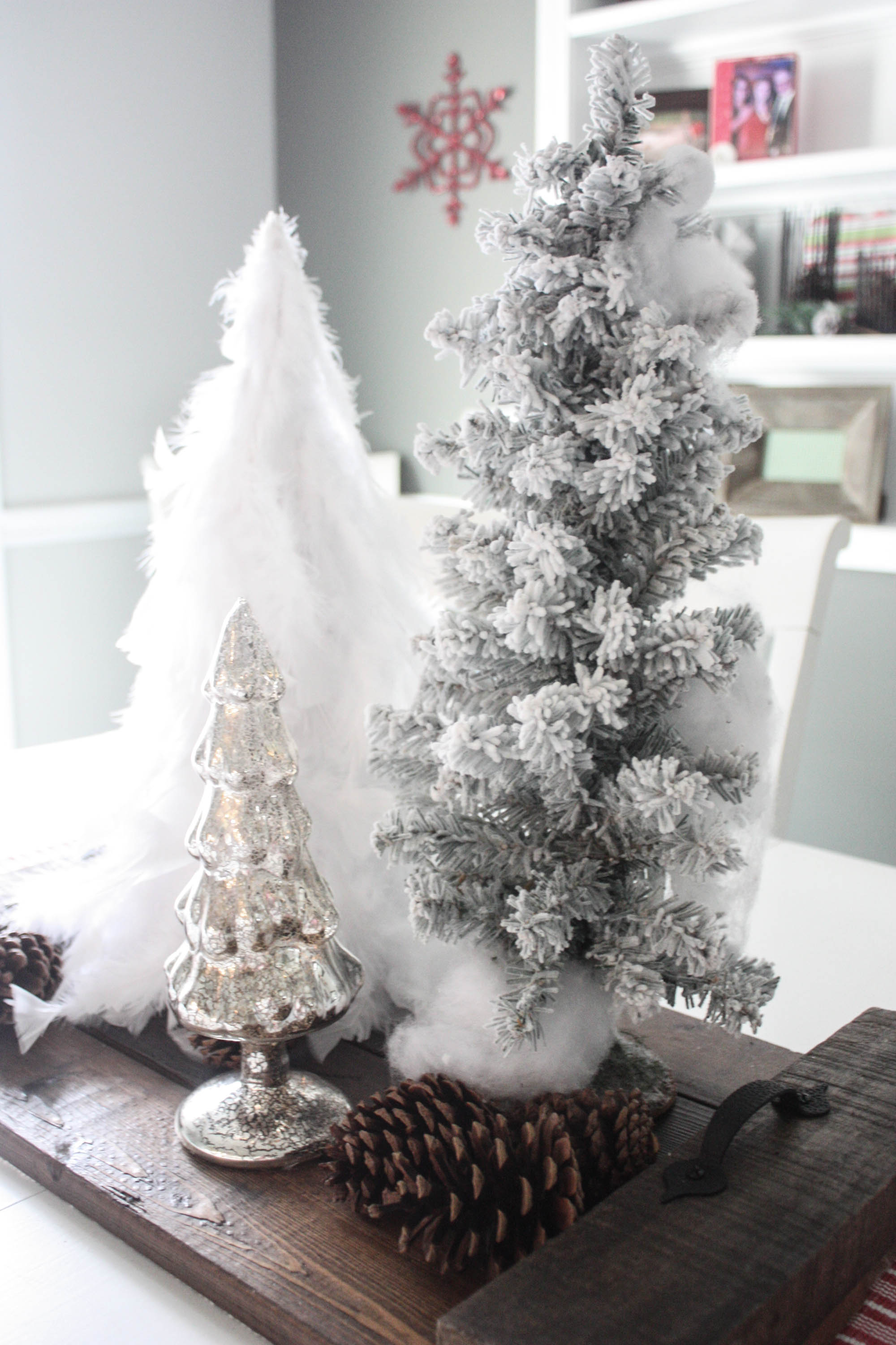 diy feather tree - Feather Christmas Tree Decorations
