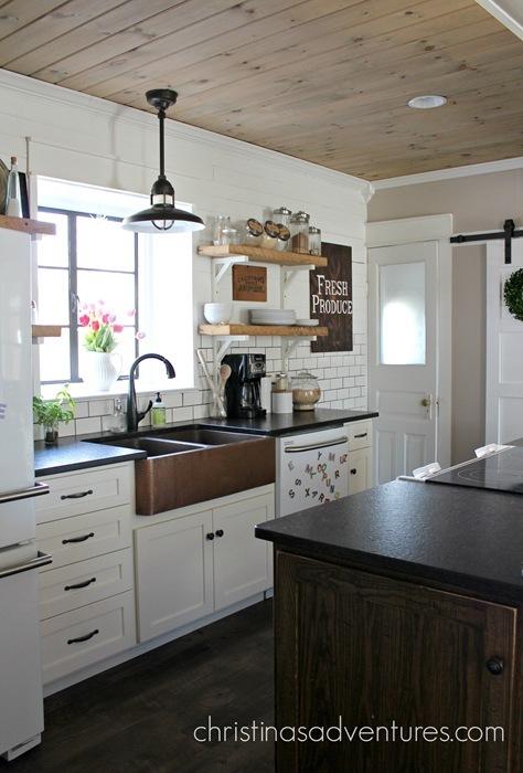 Farmhouse Kitchen Roundup