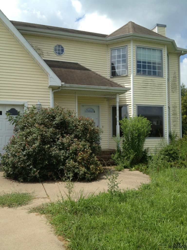 Foreclosure Home that needed lots of work gets dramatic makeover!