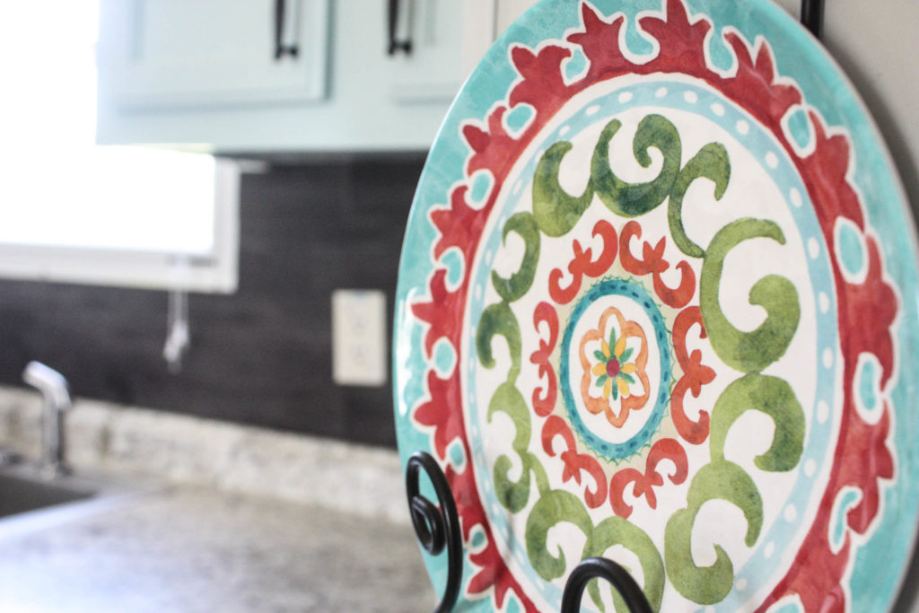 Vinyl Flooring Backsplash--for a tight kitchen budget!
