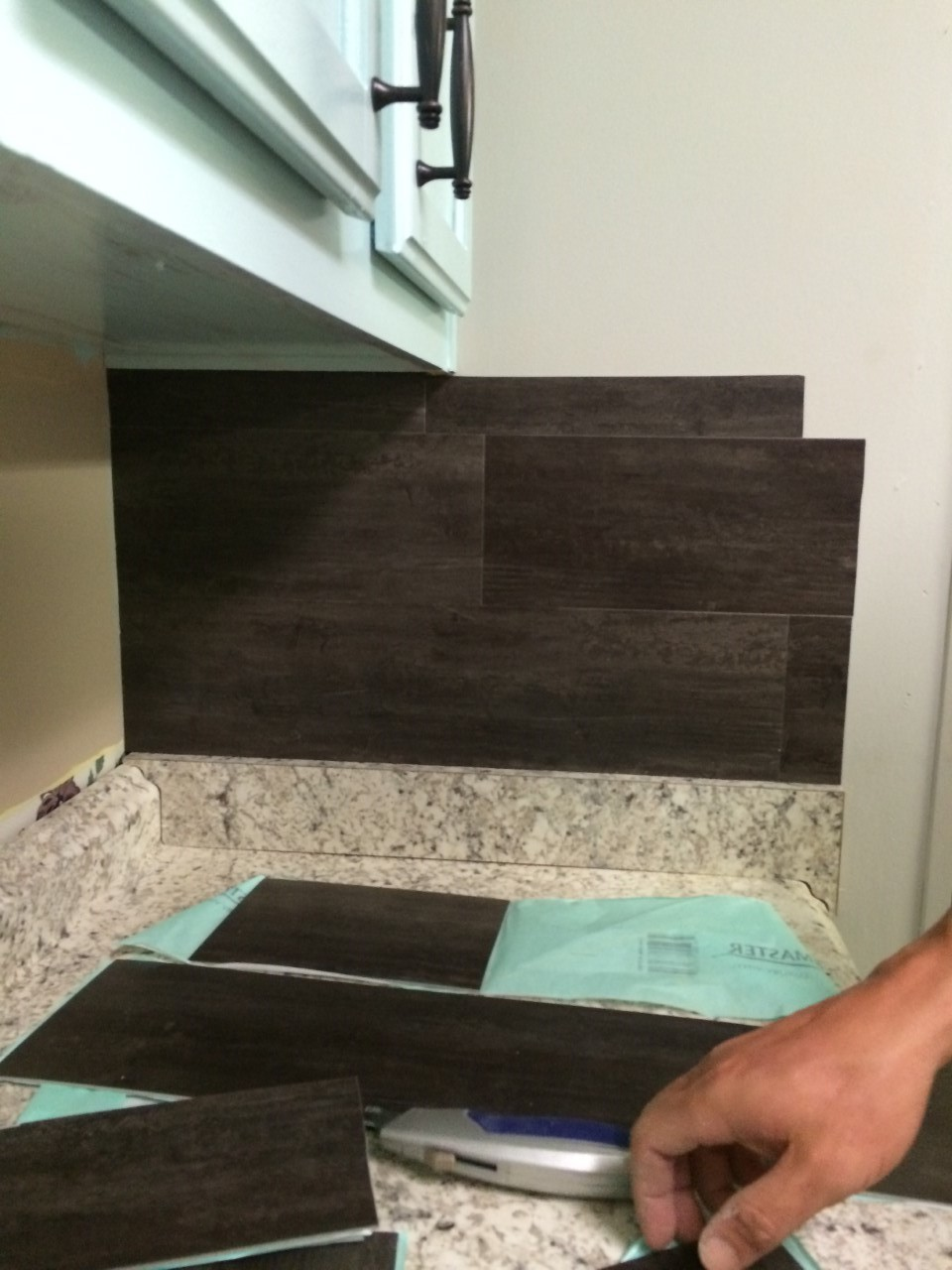 This 40 Vinyl L N Stick Flooring Backsplash Is Thrifty And Gorgeous