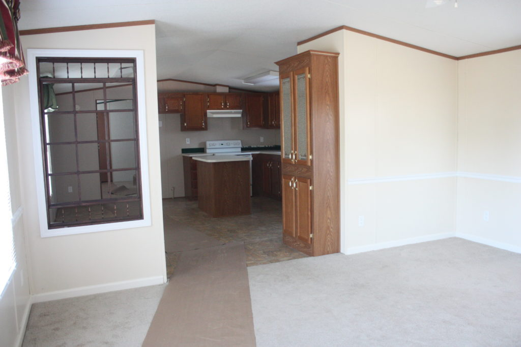 Living Room Before-Mobile Home