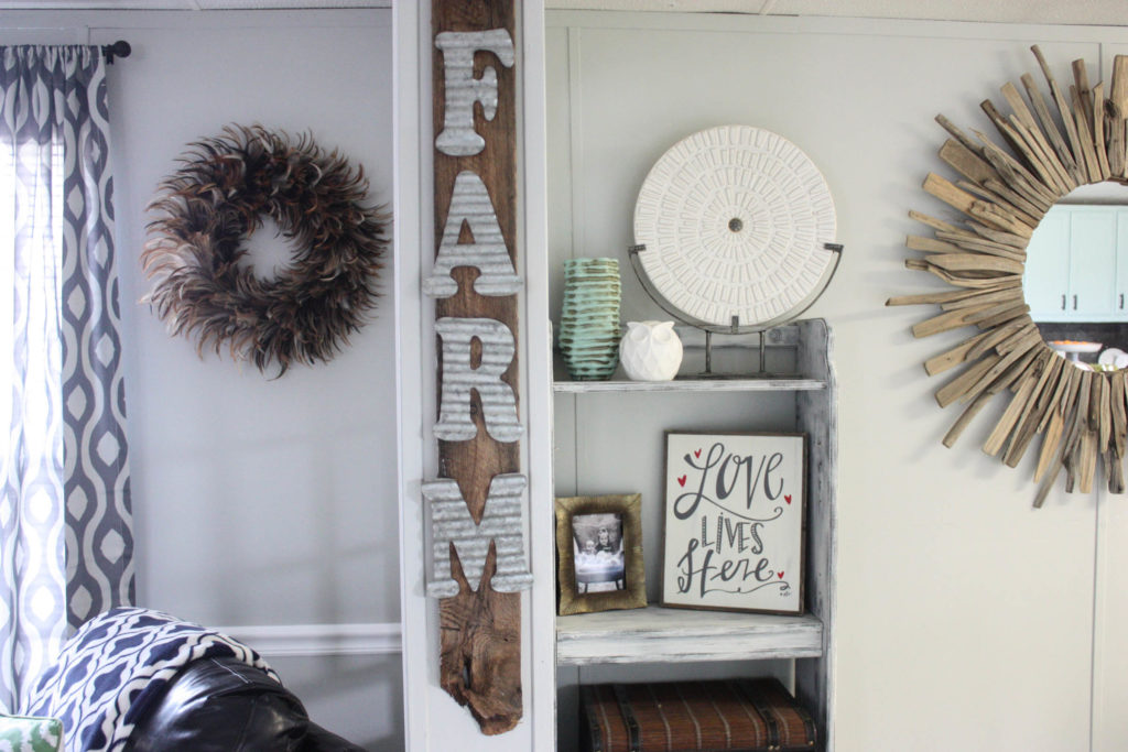 DIY Galvanized Farm Pallet Sign