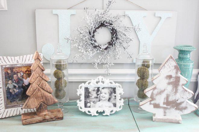 DIY Wooden Christmas JOY Sign