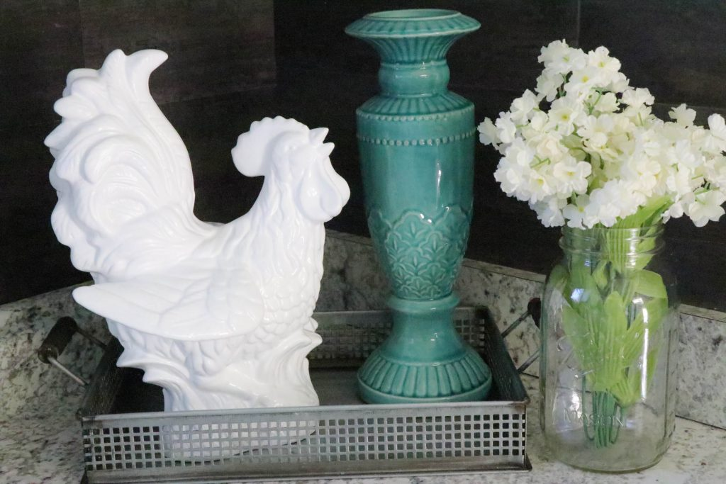 Easy tutorial on how to makeover an outdated chicken with spray paint! Super cute and easy!