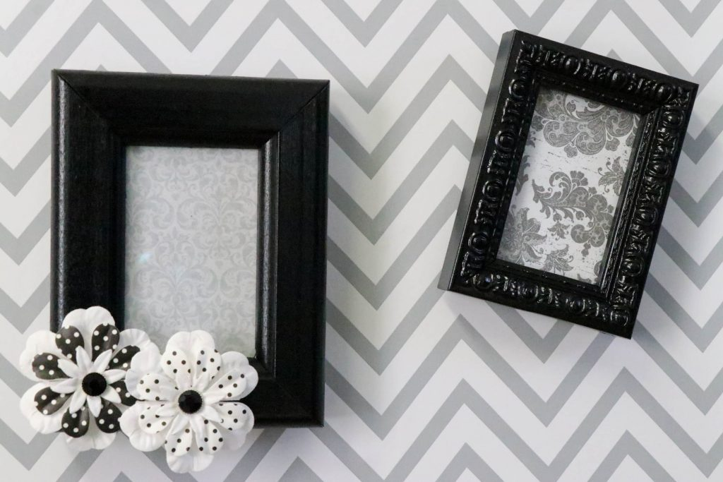 Kitchen DIYs: DIY Magnetic Thrift Store Frames