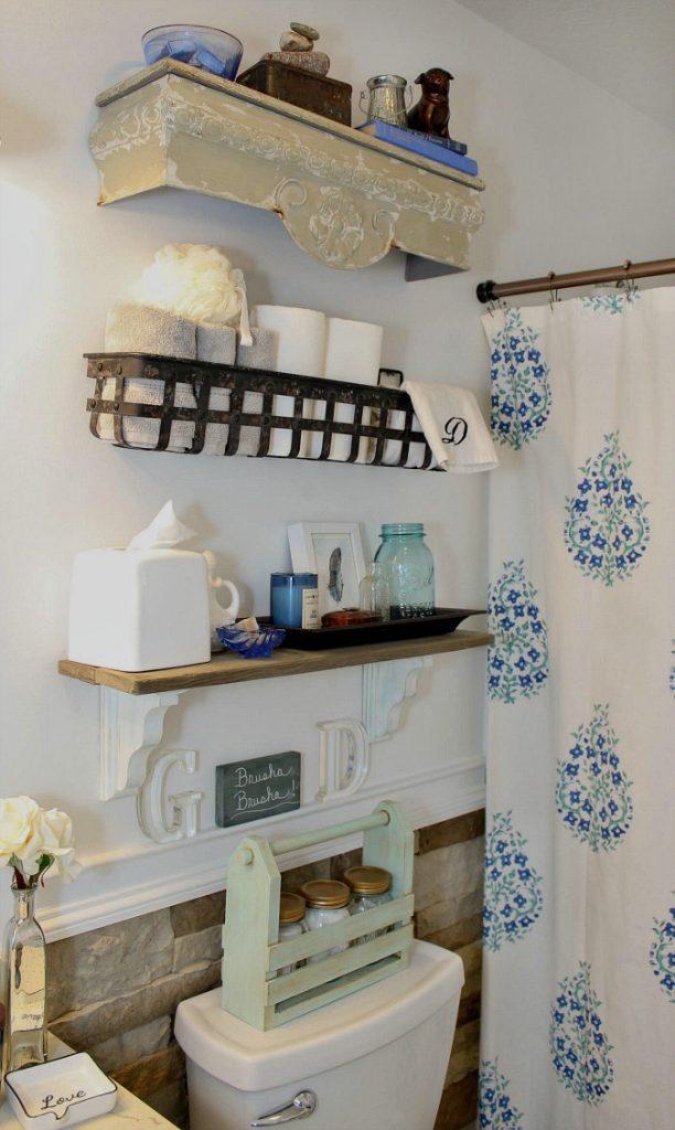 Gorgeous Farmhouse Bathroom Makeover