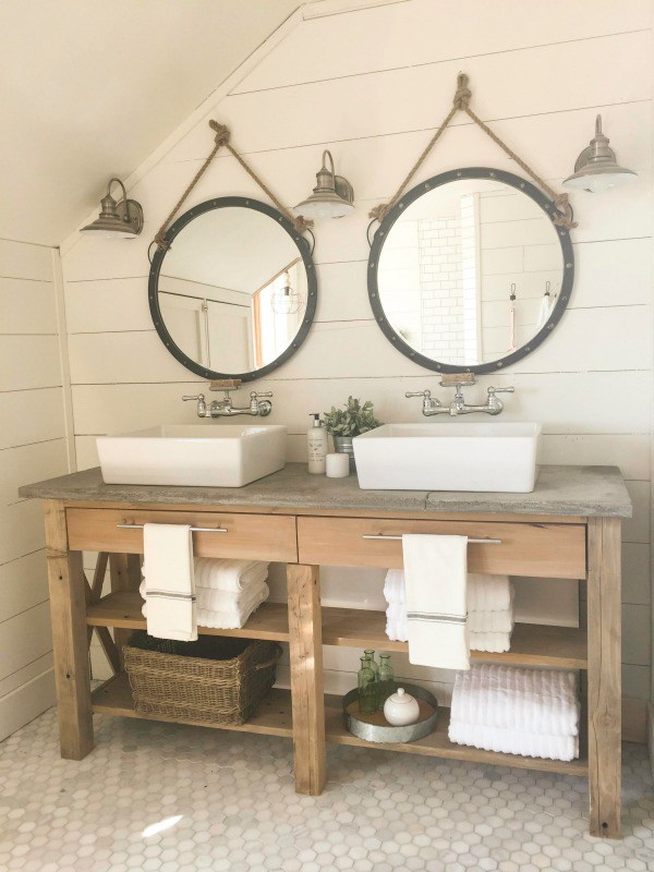 Farmhouse inspired bathrooms re fabbed