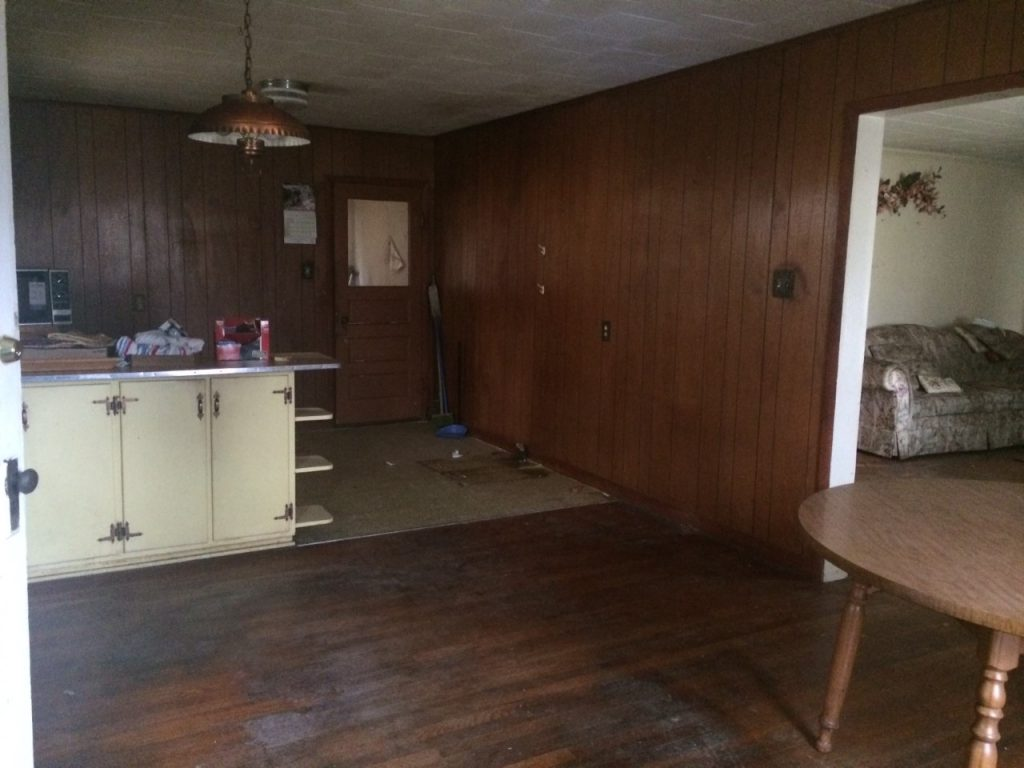 Cottage Charmer fixer upper home - Before picture kitchen