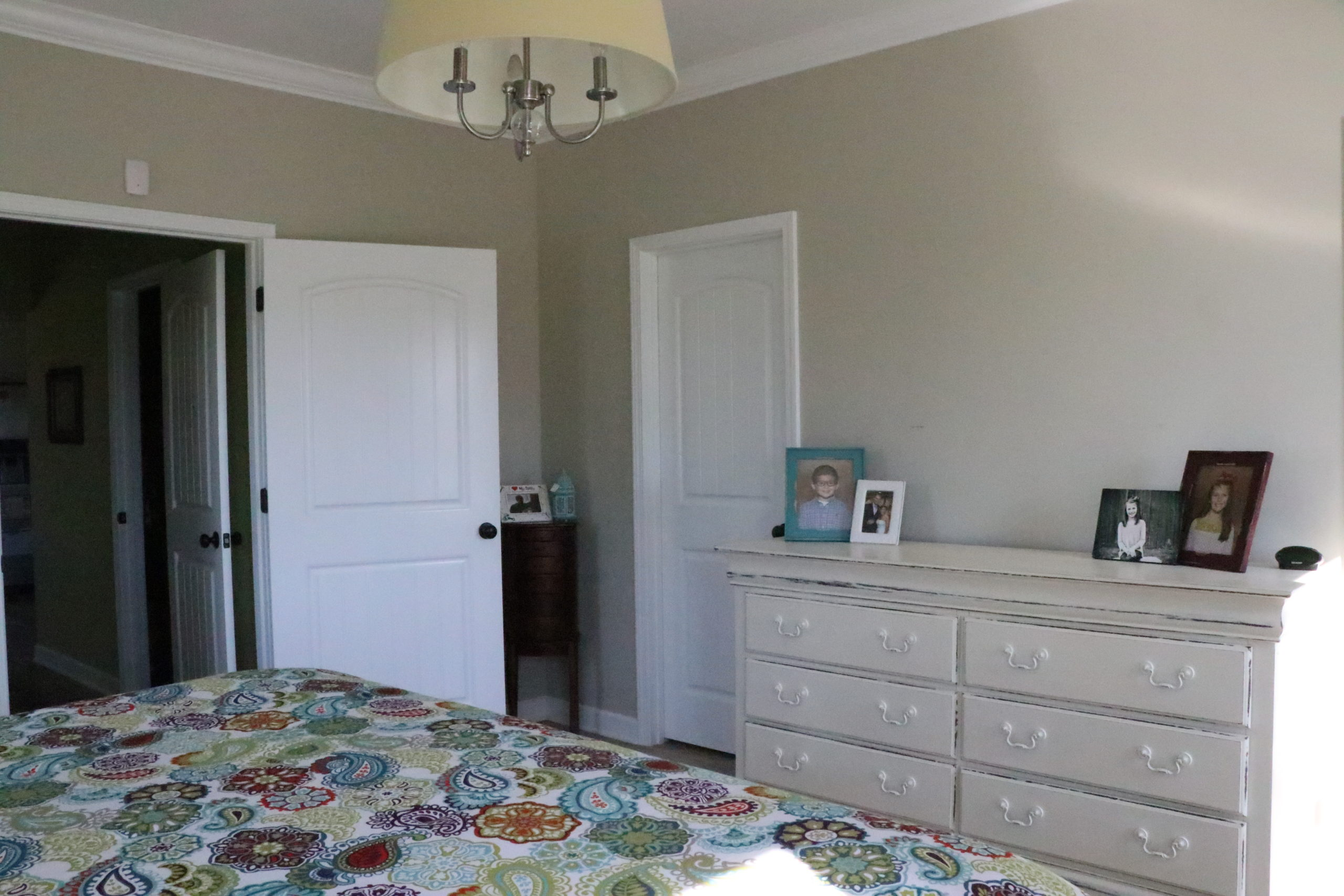 From here on  it is pretty much just beautiful pictures of their new master  bedroom  Hope you enjoy  I will share some sources at the end of the post. Aqua   Coral Master Bedroom Makeover   Re Fabbed