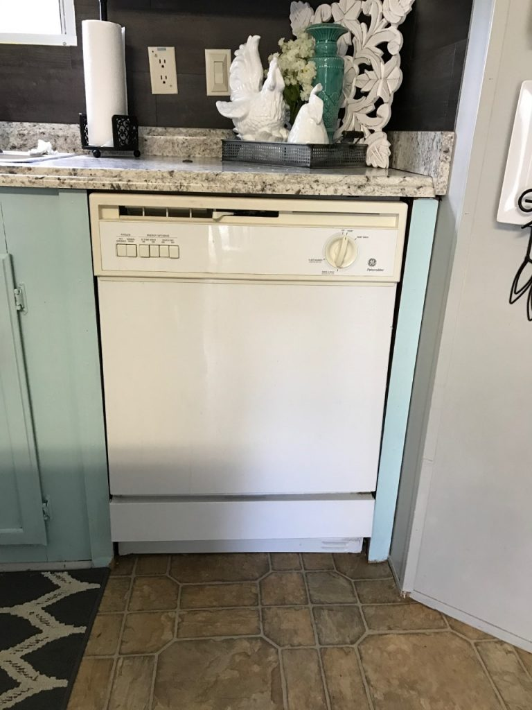 This dingy dishwasher was completely transformed with PAINT! You heard right...a painted dishwasher! You have got to see this!