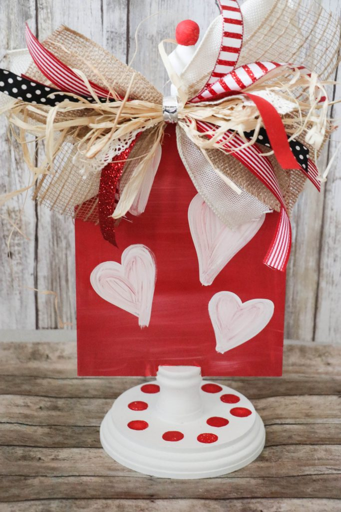 DIY Reversible Christmas and Valentine's Day Stand