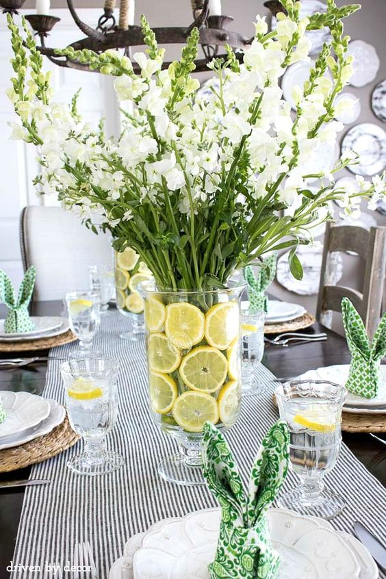 (sliced Lemons) https://www.drivenbydecor.com/house-spring-home-tour/