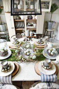 https://www.lizmarieblog.com/2016/03/springy-moss-egg-easter-table/