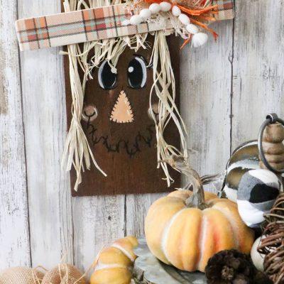 diy scarecrow sign
