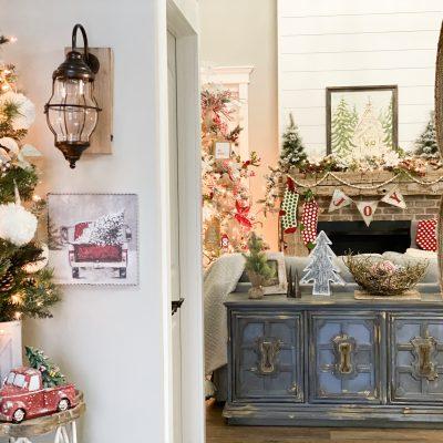 A simple Christmas entryway