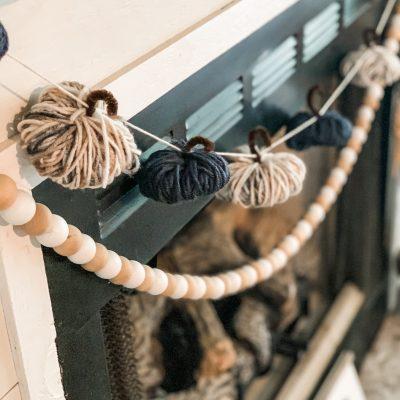 diy yarn pumpkin garland
