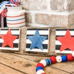 diy stars and stripes sign