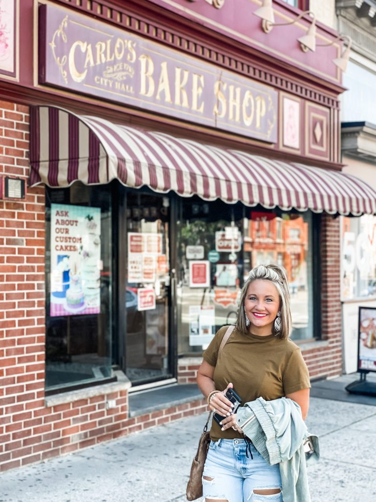 3 day trip travel guide to new york city - hoboken carlos bakery