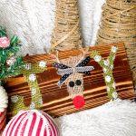 diy burlap joy reindeer sign