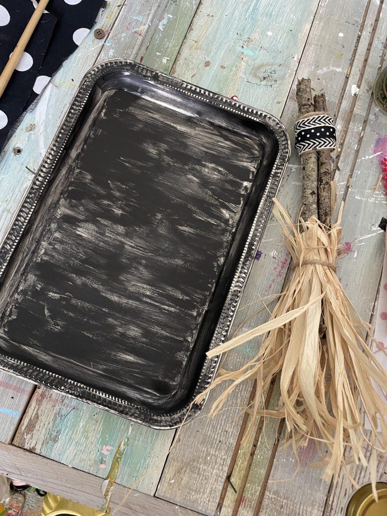 Paint the dollar tree tray black