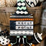 diy hocus pocus sign