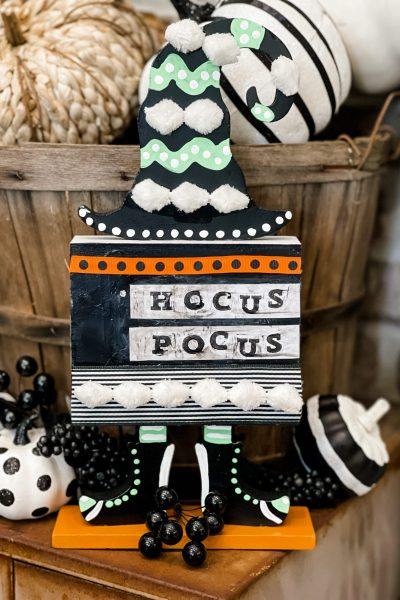 final product of the big lots sign makeover - hocus pocus sign